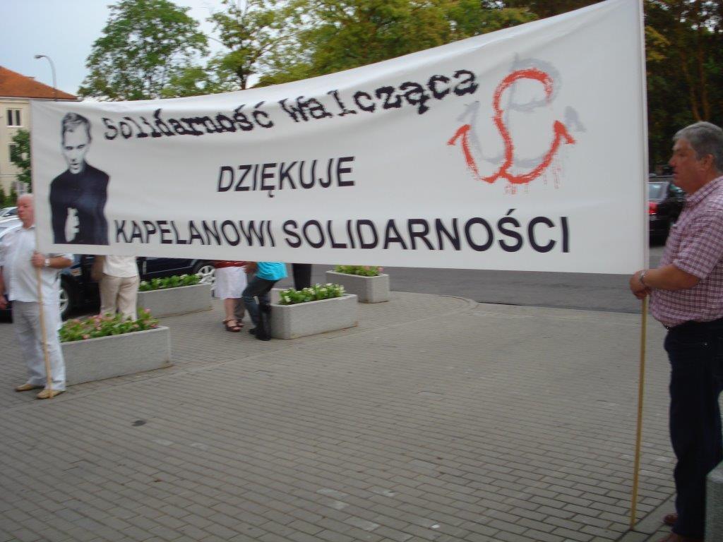 popieluszko-transparent-sw