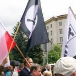 Żądamy uchwalenia  11 Lipca Dniem Pamięci Ofiar Ludobójstwa na Kresach. Fotorelacja Andrzeja Szrajnera z manifestacji pod Sejmem w dniu 7 lipca_003