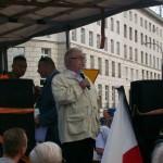 Żądamy uchwalenia  11 Lipca Dniem Pamięci Ofiar Ludobójstwa na Kresach. Fotorelacja Andrzeja Szrajnera z manifestacji pod Sejmem w dniu 7 lipca_029