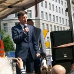 Żądamy uchwalenia  11 Lipca Dniem Pamięci Ofiar Ludobójstwa na Kresach. Fotorelacja Andrzeja Szrajnera z manifestacji pod Sejmem w dniu 7 lipca_031