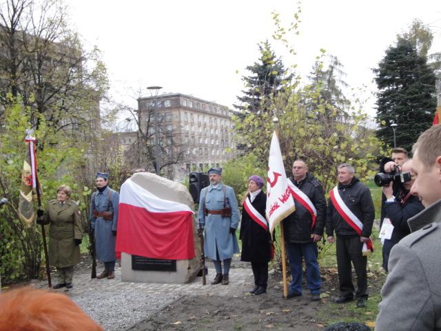 Solidarnosc-Walczaca-tablica-gen-Hallera_02